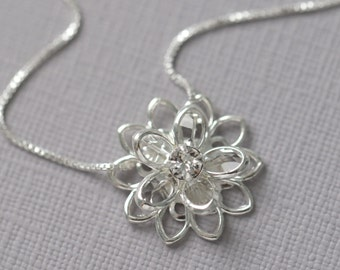 Swarovski Crystal Flower Necklace, Bridesmaid Necklace, Bridesmaid Gift, Flower Girl Necklace, Flower Girl Gift, Bridal Party Gift Jewelry