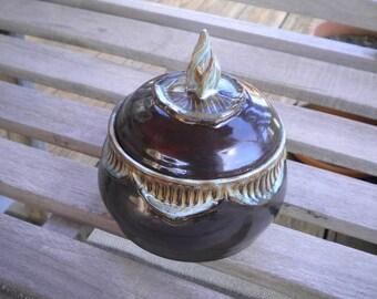 Iced Brown Flaming Lotus Lidded Pot