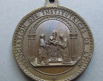 Antique French Virgin Mary Simeon Religious Medal Jesus Let The Little Children Come To Me  SS512