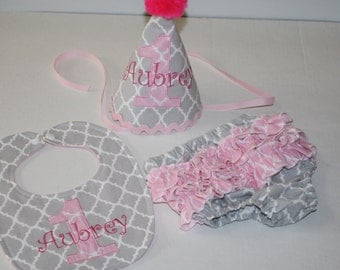 adorable girls 1st birthday outfit, girls first birthday outfit, cake smash pink gray quatrefoil 1st birthday hat, bib