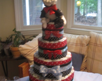 Dr. Seuss Cat in the Hat diaper cake - perfect gift for a baby shower!