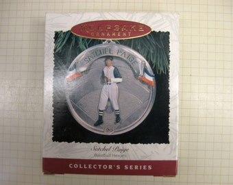 1996 Hallmark Keepsake Ornament - Satchel Paige - Baseball Heroes - Collector's Series
