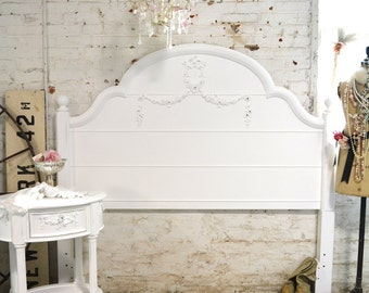 Painted Cottage Romantic French  Queen / Full Bed BD729