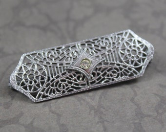 Vintage Art Deco Silver Filigree Rhinestone Bar Brooch