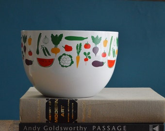 Vintage Arabia Finland Vegetable Print Large Enamelware Bowl