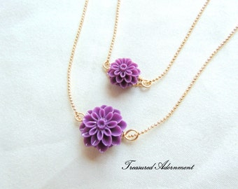 Mommy and Me Necklaces, Mum Flower Necklace set, Mother and Daughter Necklace set, Eggplant Purple, Mommy and Me outfits, pair, Holiday gift