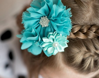 teal flower clip, turquoise flower clip, bridal hair accessories, flower girl gift, girl birthday gift, bridesmaid hair piece, teal hair bow
