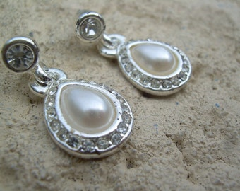 Vintage New old stock Napier Faux tear drop pearls and sparkly rhinestone dangle drop  earrings, very elegant