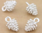 10pcs - Sterling silver plated - Pinecone - Pine cone - charms  - nature - forest - quality jewelry supplies since 2009