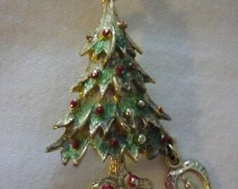 Small Enamel-Work Christmas Tree Pin