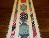Twisted Ribbons Table Runner The Boathouse Fabric Moda