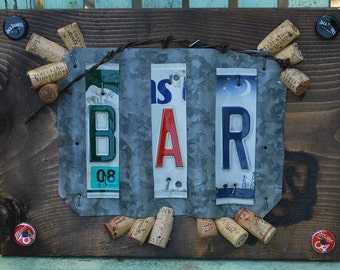 Bar Sign License Plate Galvenized Metal Pine Wood Wall Sign Wine Corks Beer Tabs
