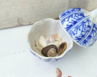 Vintage blue and white China porcelain box miniature Chinese pumpkin trinket jewelry box