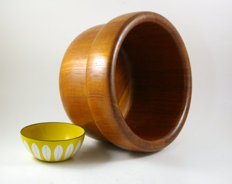 Nissen of Denmark Large Teak Salad Bowl