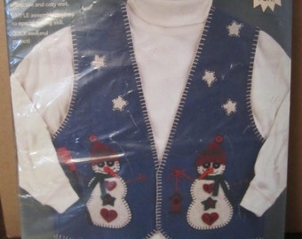 DESTASH /// Dimensions Felt Vest with Appliques Kit, Snowmen, Christmas Craft projects