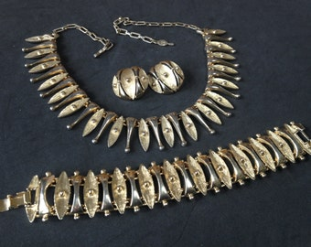 Sarah Coventry Egyptian Temptress Parure – 1960s Necklace Earrings Bracelet