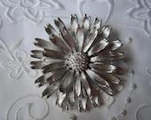 Vintage Lisner Silver Tone Large Flower Brooch