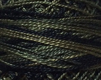 Valdani Size 8, O540, Valdani Perle Cotton, Black Olives, Punch Needle, Embroidery, Penny Rugs, Primitive Stitching, Sewing Accessory