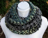 Crochet INFINITY SCARF, Bulky Cowl, Thick Winter Scarf, Soft Circle Winter Knit, Black Gray Grey Yellow Teal Green..Ready to Ship in 2 Days