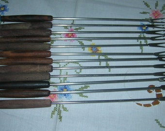 12 Vintage Fondue Forks Wood Handles Colored Tips, Circa 1970's 2 Sets