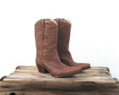 Vintage Guess Brown Leather Cowboy Ankle Boots Ladies Size 7.5B