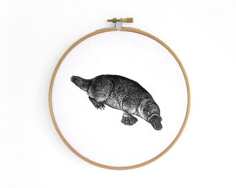 Platypus, duckbill hoop art // embroidery hoop, vintage graphic, wall decoration art by renna deluxe