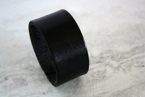 Men's Black Leather Cuff Bracelet Size 7.25 inches)