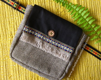 Waist Bag Hip Bag - Free Size for Kids and Adults - Black Boho Brown Combi - Adjustable to Double as a Crossbody Sling Bag