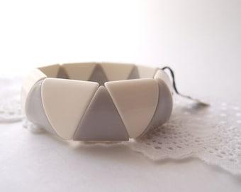 mod 1960's Grey & White Lucite geometric triangle bangle bracelet ...new old stock