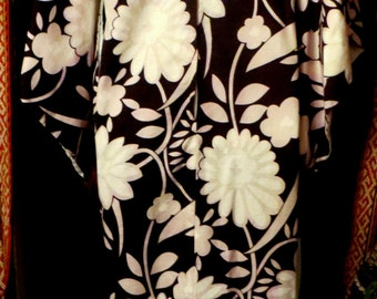 SALE  Gorgeous Hawaiian Pake/Kaftan/Kimono Style Dress