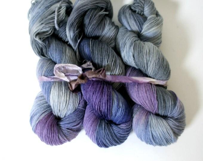 Hand Dyed Sock Yarn superwash Celeste in Saturdays yarn superwash merino nylon