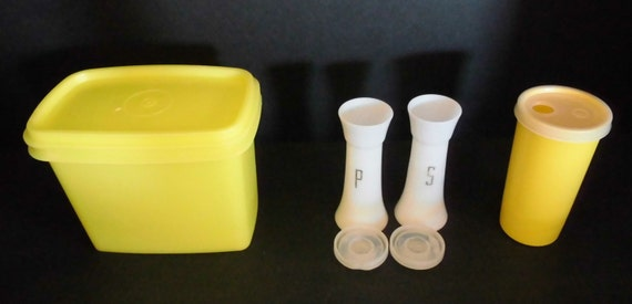 Vintage tupperware salt and pepper shakers canister mustard for Vintage tupperware salt and pepper shakers