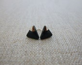 Small Mountain Triangle S...