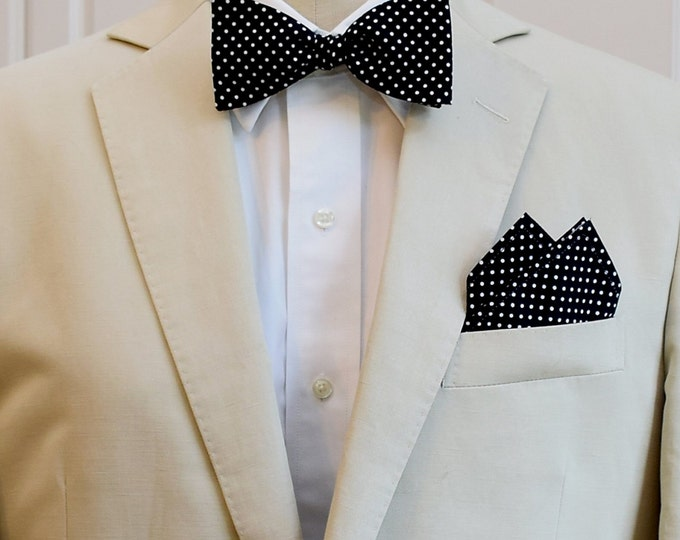 Men's Pocket Square and Bow Tie in black with white mini polka dots, wedding party wear, groomsmen gift, groom bow tie set, men's gift set