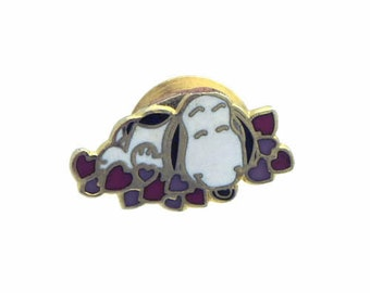 Vintage 1970's Aviva Snoopy Tie Tack Pin Heart