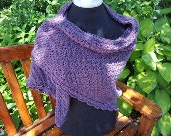 Dusty purple hand crocheted shawl with moss stitching and scallop edging