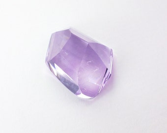AMETHYST. Natural. RoSE De FRaNCE. Xxl Large. Tavernier Cut. Bright & Clean. Freeform. 1 pc. 27.12 cts. 19x24x12 mm (Am1319)