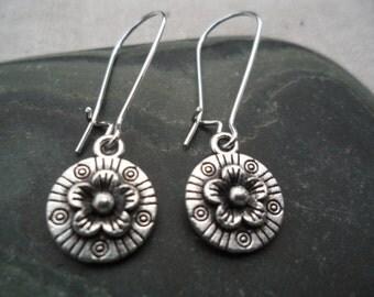 Silver bohemian flower earrings -Moroccan - Simple Everyday Silver Earrings - Dangle drop Earrings