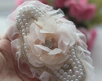 Pearl Beaded Appliques Chiffon Flower Appliques With Rhinestone For DIY Dress Shirt Collar 2 pcs