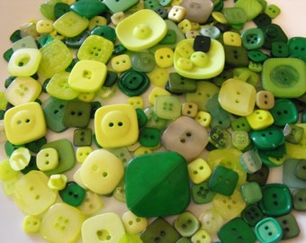 25 Green Square Buttons - Grab Bag