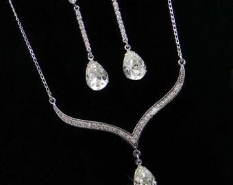 Crystal Bridal Earrings. Crystal wedding earrings, Crystal Pendant, Bridesmaids jewelry, Sophia Bridal Jewelry SET