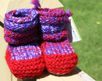 Flash Hand Spun/Hand Dyed/Knit Sheepskin Soled Booties 0-6 Months