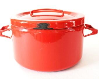Vintage 4 quart Enamelware Cookware Red Pot Lid Arabia Finel Finland Seppo Mallat Dansk Mid Century Modern Enamel