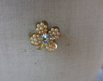 Vintage Gold Tone Small Rhinestone and Pearls Pronged 1950s to 1960s Clover Shamrock Tiny Pin/Brooch Good Luck Lucky