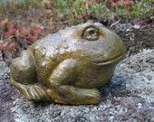 Toad Garden Statue, Cute Frog Concrete Figure, Painted Cement Garden Decor, Toads, Concrete Garden Toad, Toad Family, Toad Statues, Frogs.