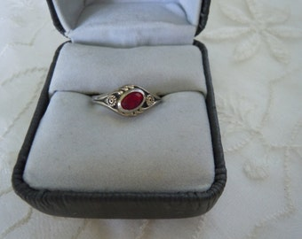 Vintage Sterling Silver & Ruby Ring Size 6 Pinky Ring