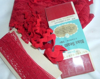 """Dark Cranberry 2 1/2"""" wide RED LACE Lot new 15 3/4"""" yards vintage nos non-smoking home seam tape binding rick-rack"""