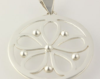 Chunky Flower Pendant - Sterling Silver Silver Sue Women's Fashion Polished h715