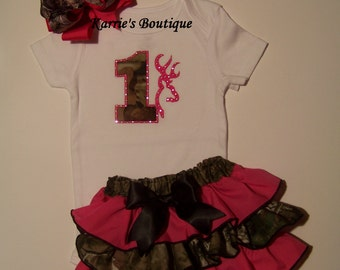 1st Birthday Camo Outfit / Hot Pink + Mossy Oak / Ruffle Bloomers / Bling Deer / Cake Smash / Baby / Girl/ Toddler/ Custom Boutique Clothing