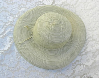 Pale Green Summer Hat, wide brim, flexible, vintage, sz M